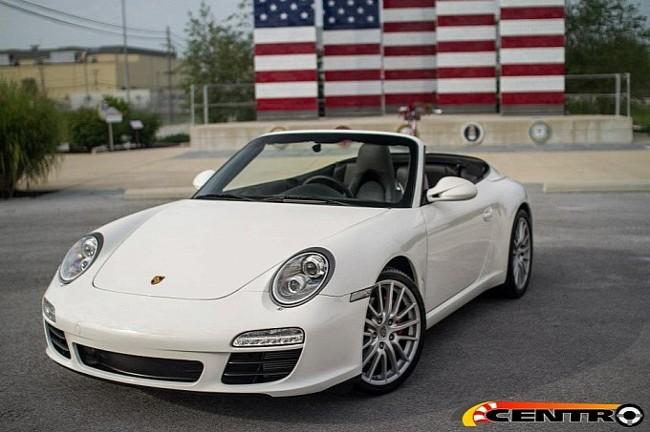 Predstavljen Porsche 911 s upravljačem na sredini