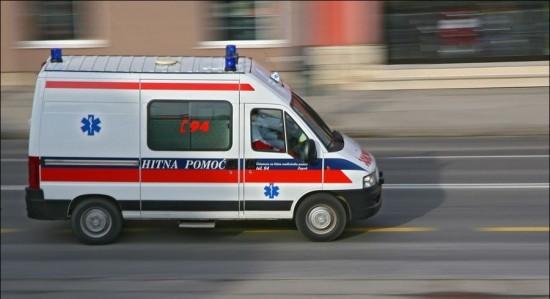Pag: vozio unatrag pa teško ozlijedio pješakinju
