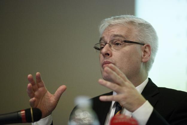 """Josipović: Hrvatska je demokratska zemlja i to ekscesi """"egzotičnih likova"""" poput Mamića neće promijeniti"""