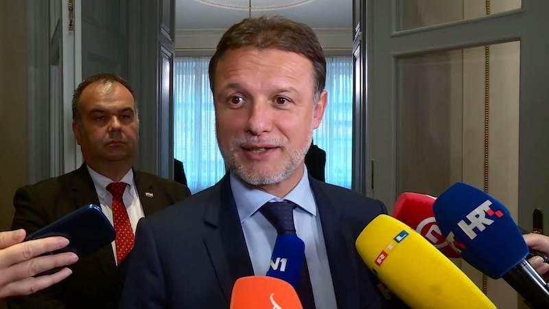 """PREDSJEDNIK MILANOVIĆ: U Saboru smo čuli """"panj"""", """"smeće"""", """"pogledajte se u ogledalo"""".."""