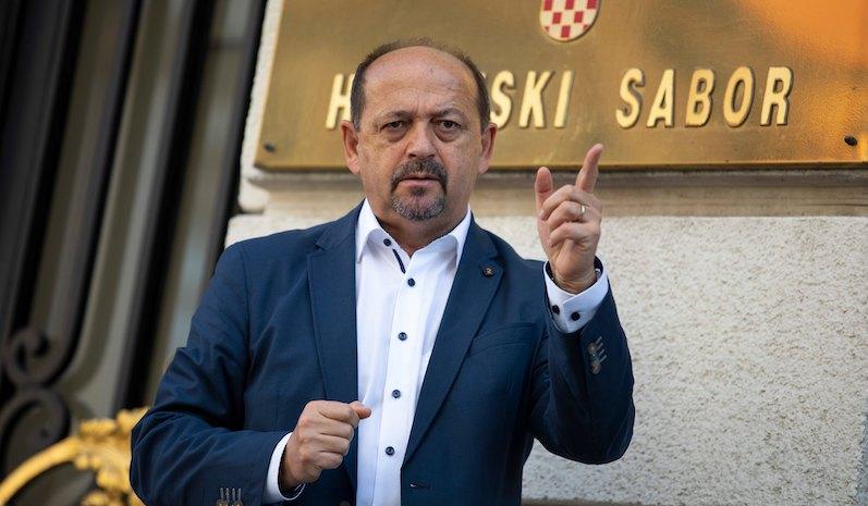 PROF. LOVRINOVIĆ: Referenduma o euru mora biti! Plenković će nas eurom zakucati na dno, kao Grčku