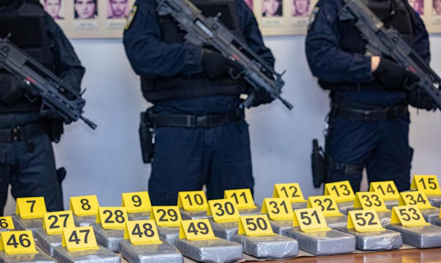 OPET KOKAIN U BANANAMA! Policija u Luci Ploče zaplijenila čak pola tone droge; Iscurili prvi detalji najnovije akcije
