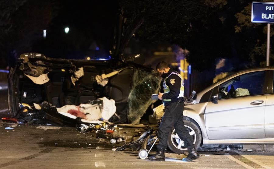 KOŽINO Tinejdžer u Mercedesu nije stao na znak STOP, poginula dva mladića