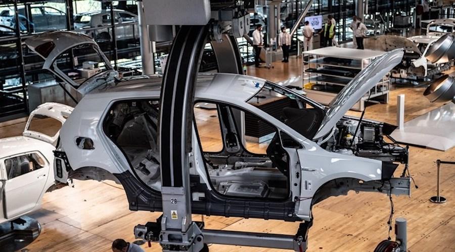 Nestašica poluvodiča koči industrijsku proizvodnju u Njemačkoj