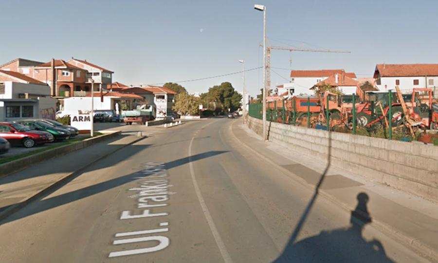 Teška prometna nesreća u Ulici Franka Lisice – muškarac preminuo, žena prebačena u bolnicu!